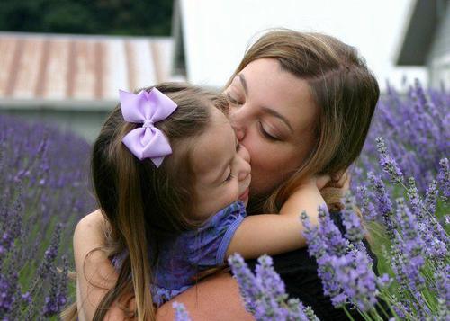 Romantização Da Maternidade – Um Contraponto A Vida Dura E Real Da Mãe