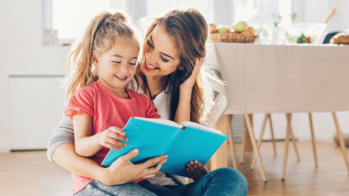 Leitura Em Casa: Os Pais Podem Estimular Seus Filhos A Ler