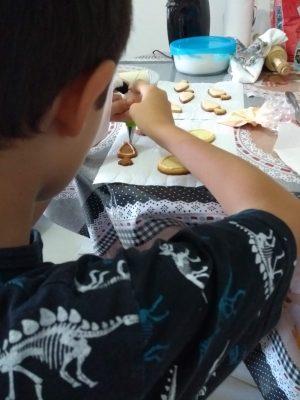 crianças na cozinha - direito autoral blogmamaeecia