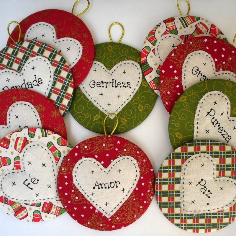 Enfeites de natal com cd decorado