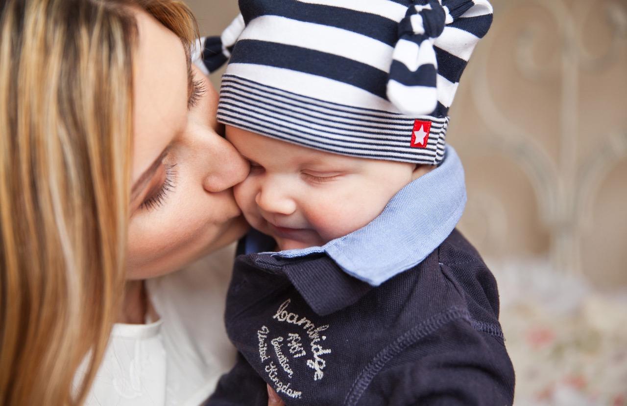 Ser Mãe é Receber Um Dom De Deus