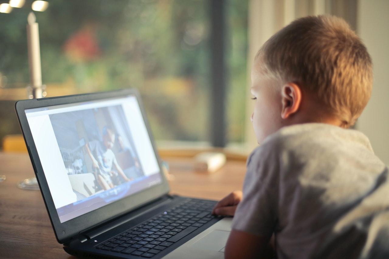 Crianças Na Internet - Cuidados