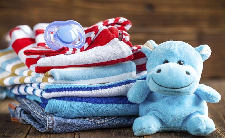 Roupas Do Bebê: O Que Fazer Com Elas Quando Não Servem Mais?