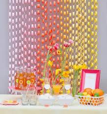 Decoração simples para aniversario caseiro colorida